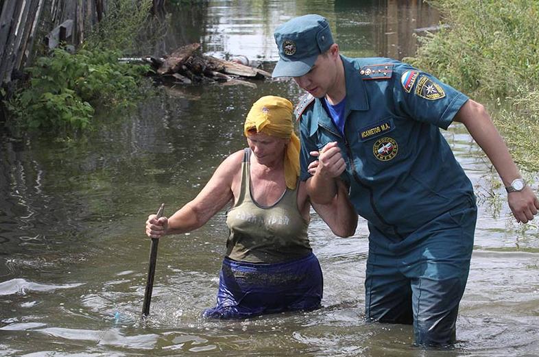 каждое число помощь в зону наводнения продавца